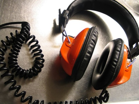 orange-headphones